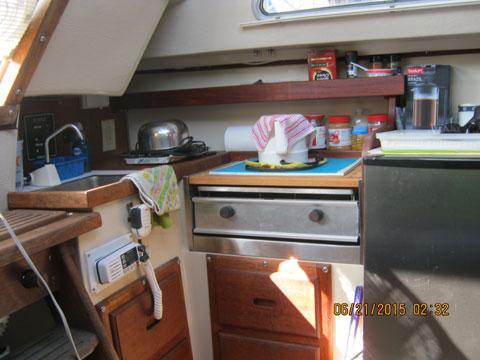 Catalina 25', swing keel, 1985 sailboat