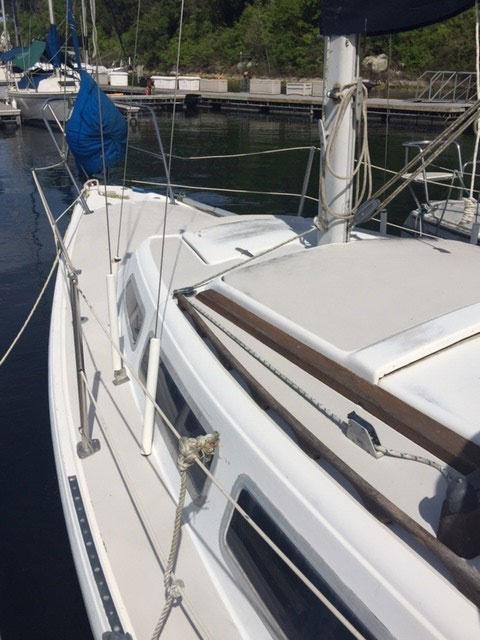 Catalina 27 Tall Rig, 1982 sailboat