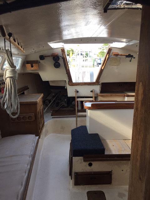 Catalina 30, 1978 sailboat