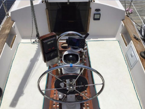 Com-Pac II 27, 1986 sailboat