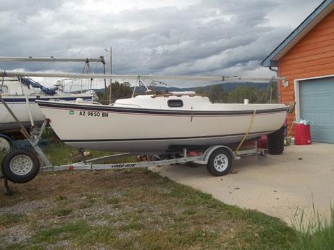 Glouster 19, 1988 sailboat
