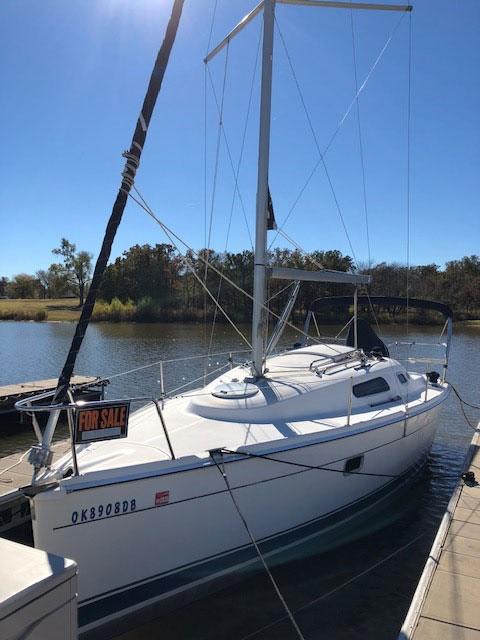 Hunter 27, 2006 sailboat