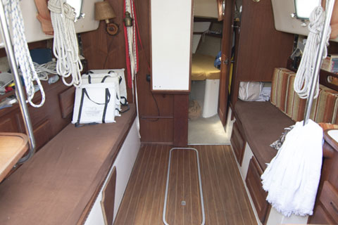 Hunter 30 Cherubini, 1979 sailboat