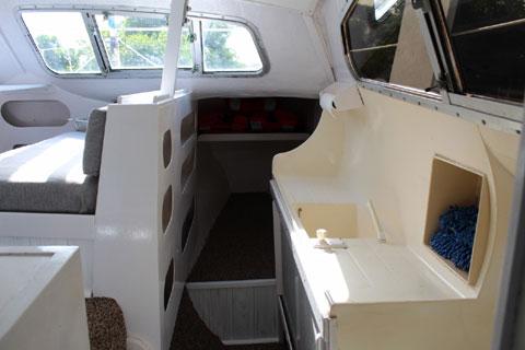 Iroquois 30 Mk2 sailboat