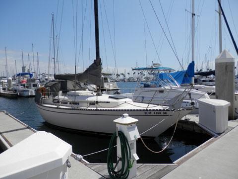 Kettenburg 32, 1977 sailboat