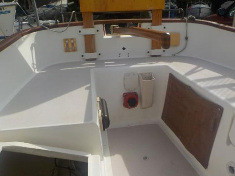 Menger Cat 19, 1992 sailboat
