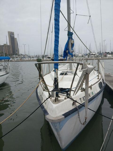 Morgan Out Island 28', 1972 sailboat
