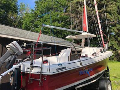 Rhodes 22, 1987 sailboat