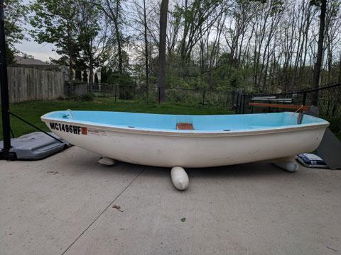 Boston whaler Squall, mid 60s, sailboat