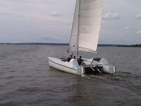 Stiletto Catamaran, 1979 sailboat