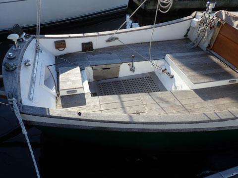 Edey & Duff  Stonehorse  Fiberglass Sailboat,  1984 sailboat