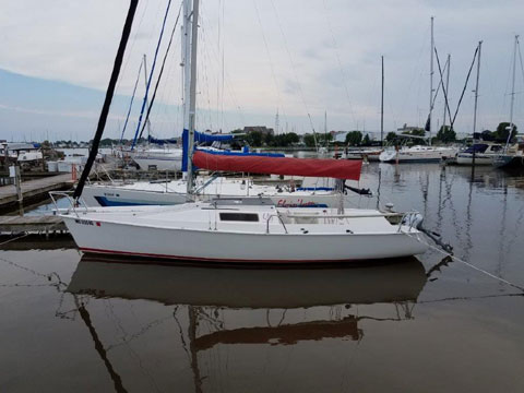 Ultimate 20, 1995, Racine, Wisconsin, sailboat for sale from