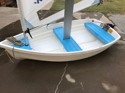 Walker Bay Rigid Dingy 8, 2000 sailboat