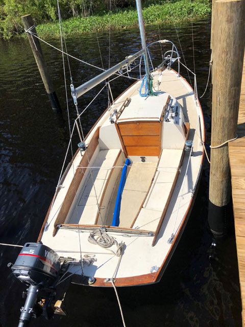 Cape Dory Typhoon 18 Weekender, 1974 sailboat