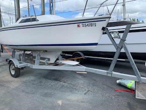 Catalina Capri 16, 1989 sailboat