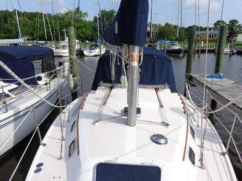 Catalina 30' MkII Tall Rig, Wing keel, 1991 sailboat