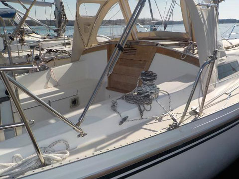 Catalina 36, 1983 sailboat