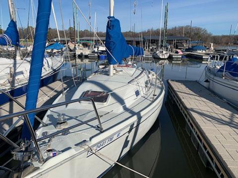 Ericson 26, 1987 sailboat
