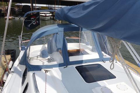 Hunter 29.5, 1994 sailboat