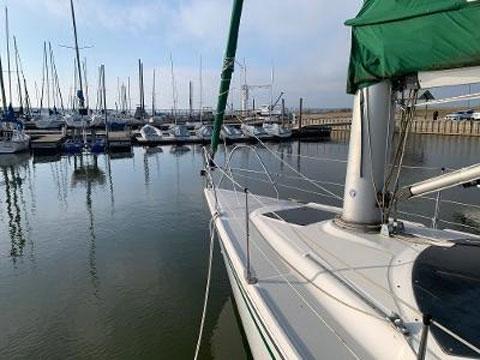 Hunter 32 Vision, 1992 sailboat