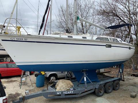 Hunter 33.5, 1993 sailboat