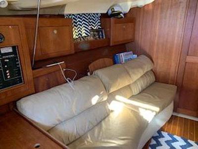 Hunter 380, 2002 sailboat