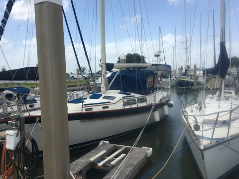 Irwin MKII, 38 ft., 1988 sailboat