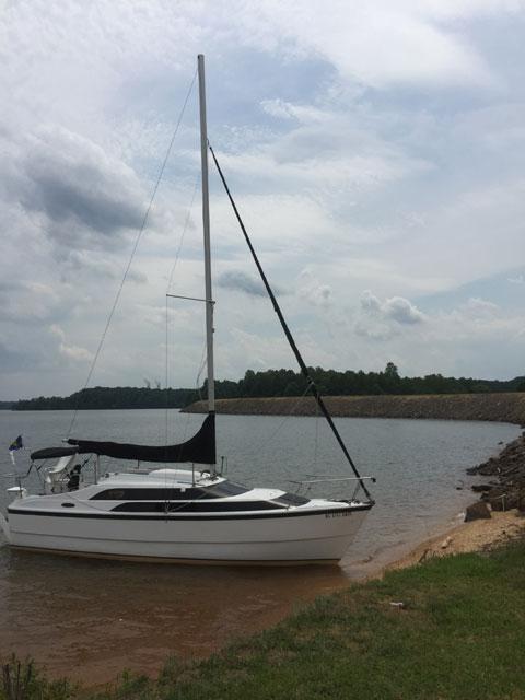 MacGregor 26M, 2005 sailboat