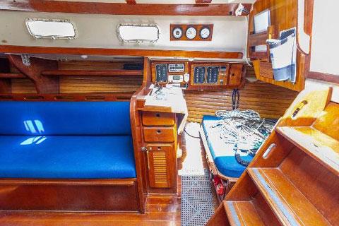 Morgan 32, 1985 sailboat