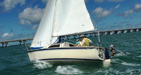 O'Day 222, 1984 sailboat