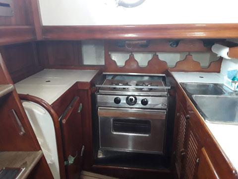 Rafiki 37 Cutter, 1977 sailboat