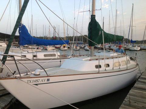 Ranger 33, 1971 sailboat