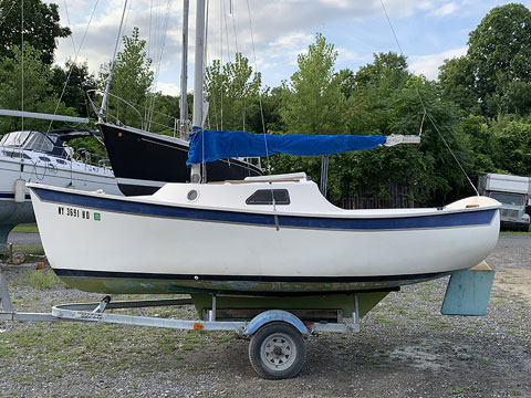 Seaward SLIPPER 17, 1984 sailboat