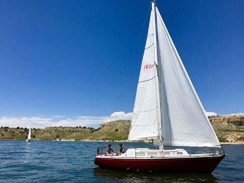 Tartan 30C, 1974 sailboat