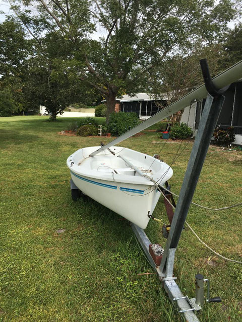 AMF Puffer 13 feet, 1978 sailboat