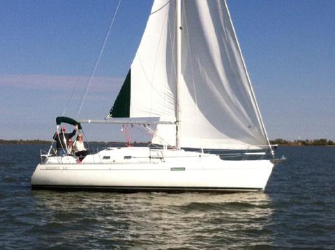 Beneteau Oceanis 321, 2000 sailboat