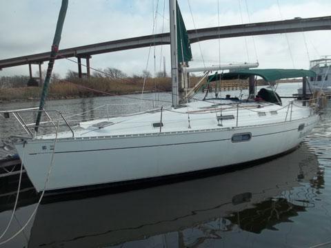Beneteau Oceanis 351, 1995 sailboat