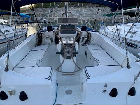 Beneteau 351, 1995 sailboat