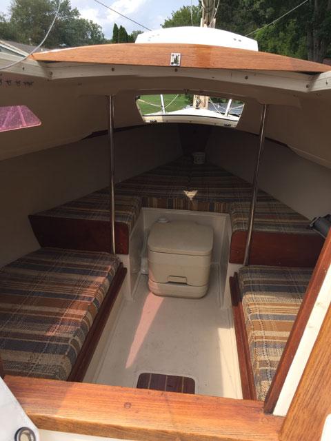 Capri 18, 1986 sailboat