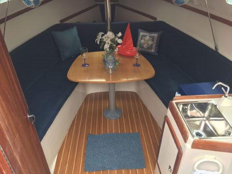 Catalina 250, 2005, Wing Keel sailboat