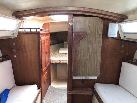 Catalina 27, 1980 sailboat