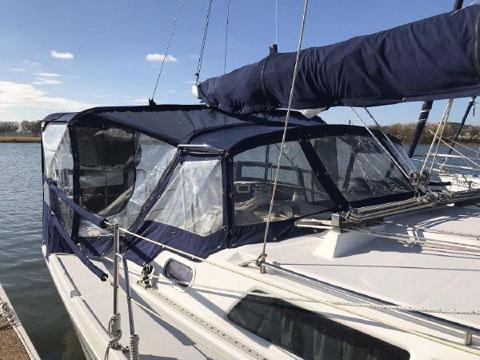 Catalina 350, 2003 sailboat