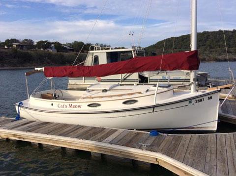 Compac Horizon Cat, 2006 sailboat