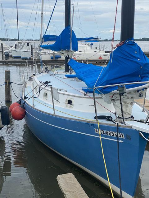 Freedom 33 Cat Ketch sailboat