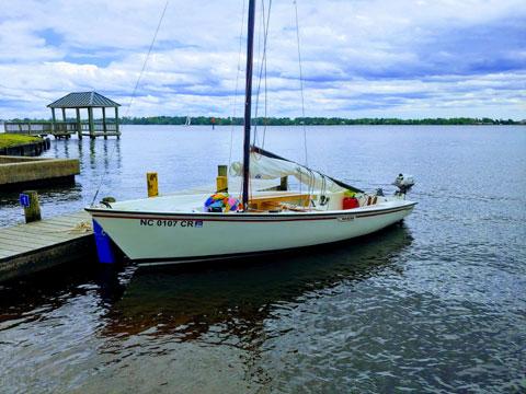 Boston Whaler Harpoon 5.2, 1982 sailboat