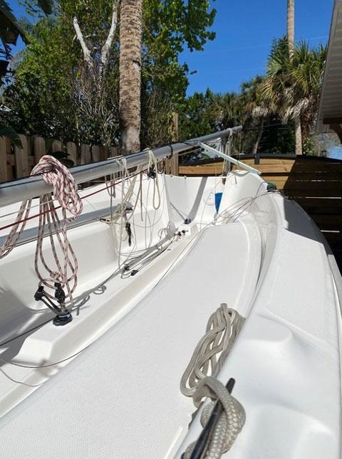 Marlow Hunter 18' sailboat