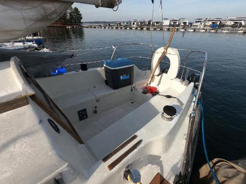 Hunter 27 Cherubini, 1979 sailboat