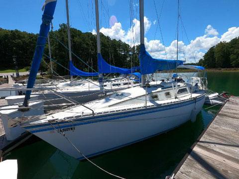 Hunter 31, 1986 sailboat