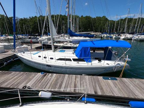 Hunter 34 MKII, 2006 sailboat