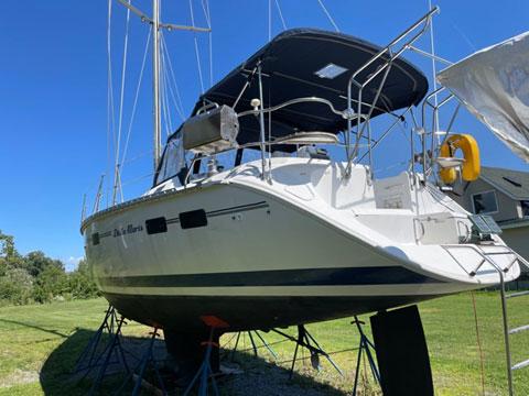 Hunter Legend 40.5ft, 1993 sailboat